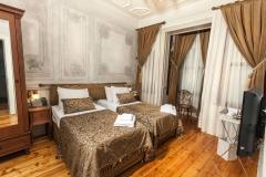 Street Side Suite Bedroom - Sokak Tarafı Suit Yatakodası 206